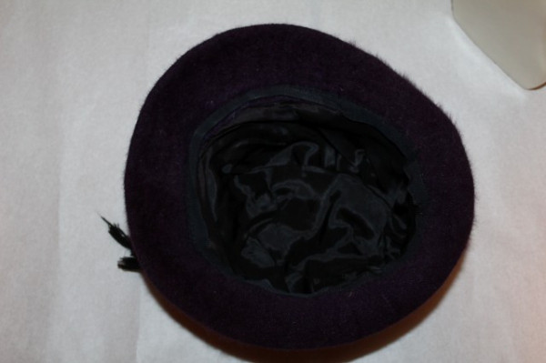 Palarie din angora violet pruna anii '70