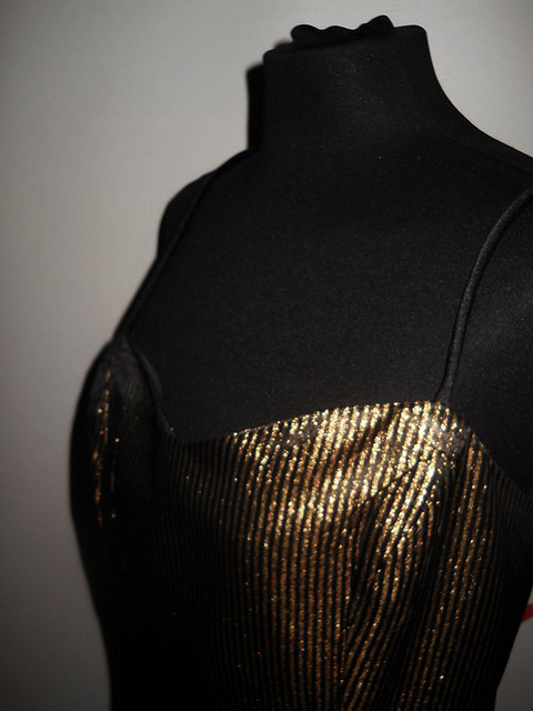Rochie de ocazie neagra dungi aurii anii '80