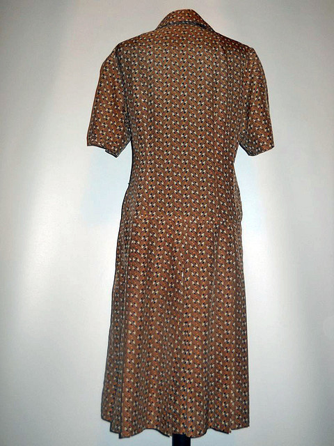 Rochie print ciocanitori anii '60