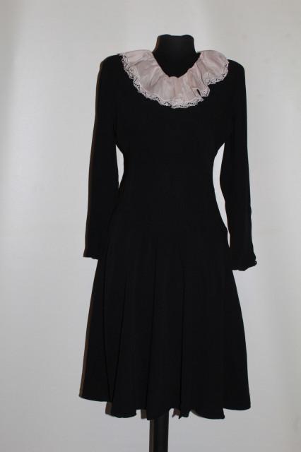 Rochie vintage din crepe cu guleraș roz anii 40