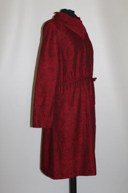 Rochie vintage din jacquard roșu cu negru anii 60