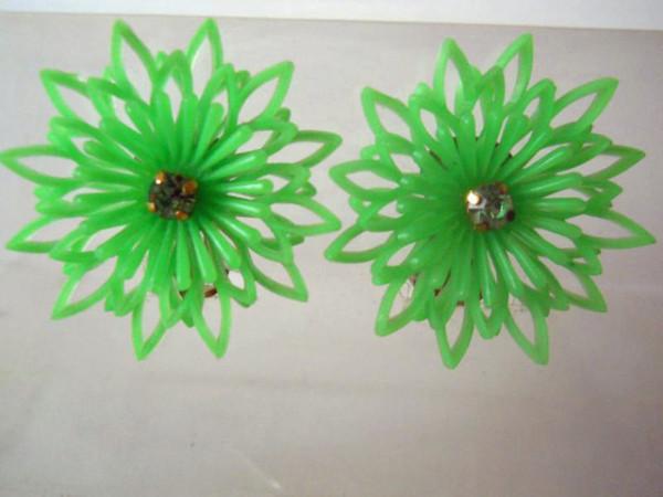 Cercei floare verde anii '60