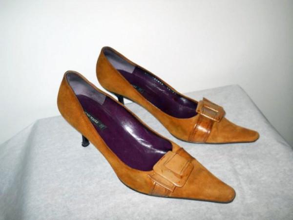 """Pantofi maro """"Bruno Magli"""""""