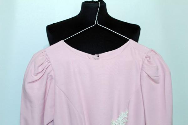 Rochie de ocazie roz portelan din grosgrain cu dantela aplicata anii '50