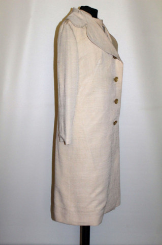 Compleu din mătase naturală tussah crem anii 50-60