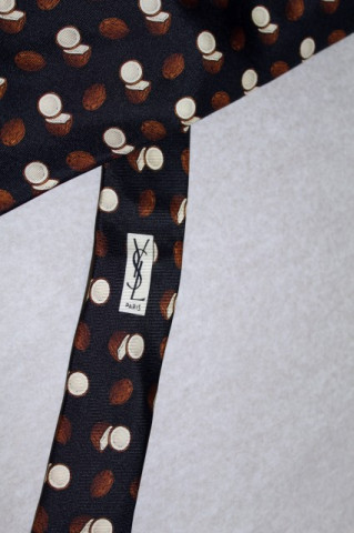 Cravata Yves Saint Laurent nuci de cocos