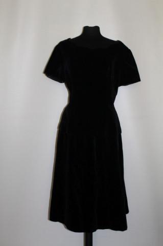 Deux pieces din catifea neagră anii 50 - 60