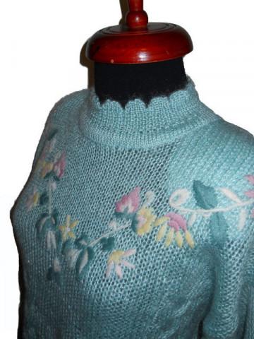 Pulover vintage broderie florala anii '70