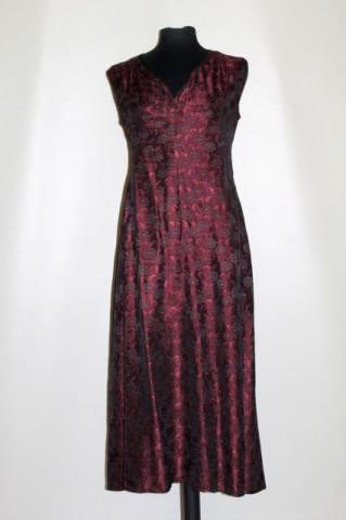 Rochie din moar vișiniu anii 50