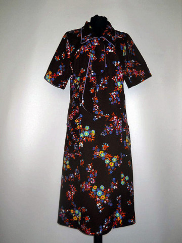 Rochie maro si violet flori anii '60