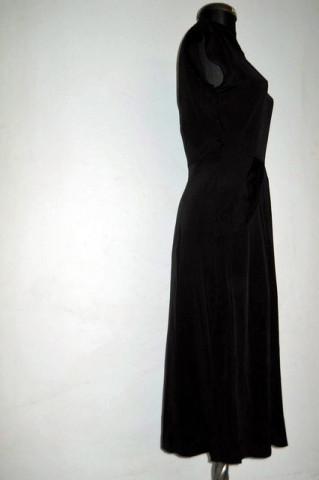 Rochie vintage neagra cu pliseuri laterale anii '40