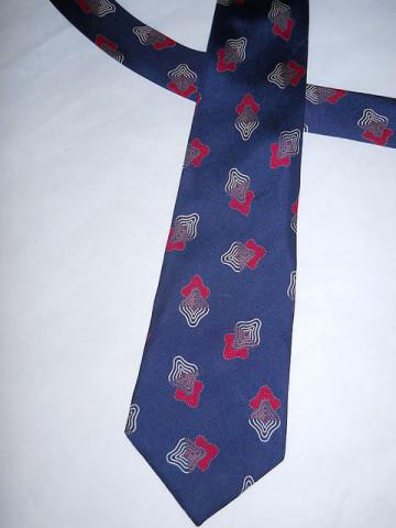 "Cravata print geometric ""Pierre Cardin"" anii '70"
