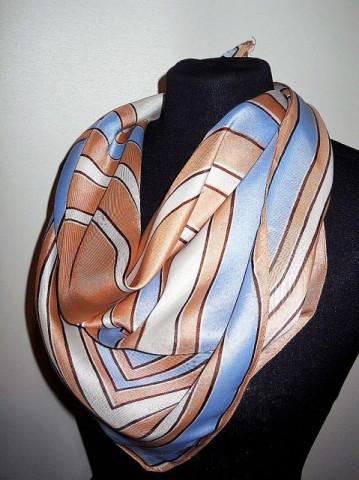 Esarfa vintage print geometric bleu si bej anii '60