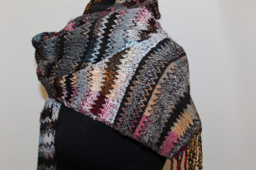 "Fular model zigzagat stil Missoni ""Codello"" anii '90"