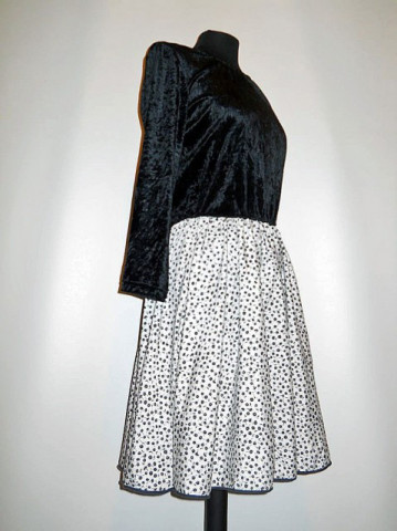 Rochie retro din catifea alb cu negru anii '80