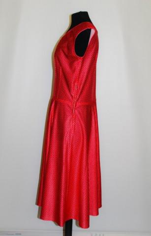 Rochie rosie buline anii '60 - '70