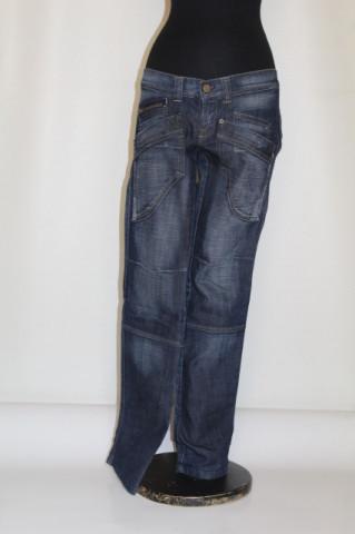 Jeans buzunare aplicate albastru închis