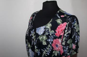 Rochie print trandafiri pe fond negru anii '80