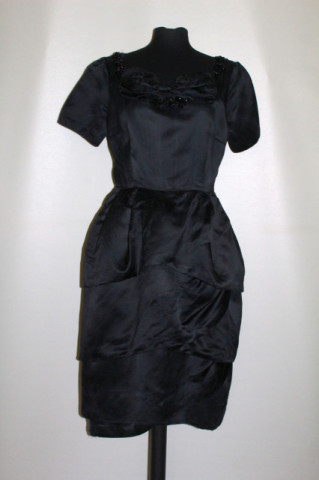 Rochie vintage de ocazie ornamente mărgele din sticlă anii 50