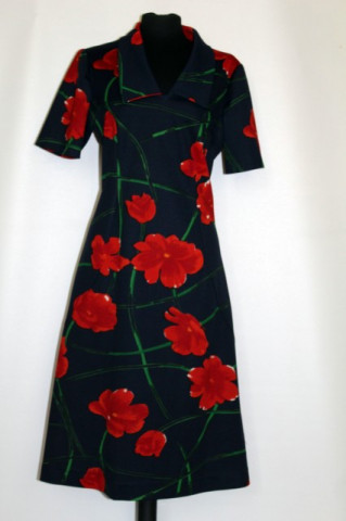 Rochie vintage flori rosii mari anii '70