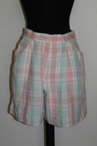 "Pantaloni scurti ""Lacoste"" anii '80"