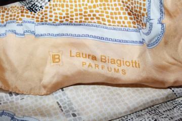"Esarfa ""Laura Biagiotti"""