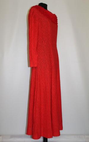 Lounge robe din dantela rosie anii '70