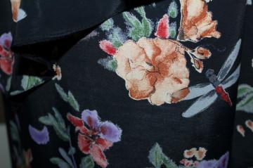 Rochie retro matase neagra cu flori anii '80