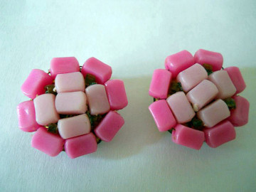 Cercei vintage roz anii '50