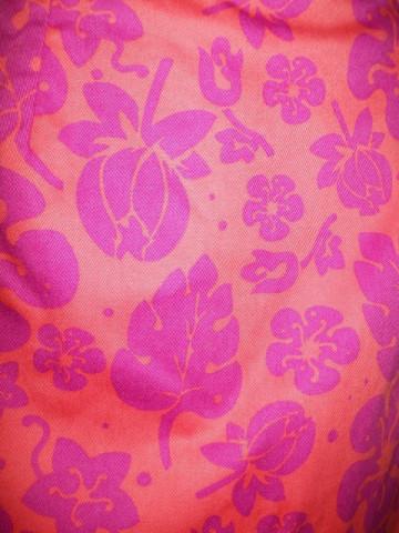 Fusta portocalie flori violet anii '90