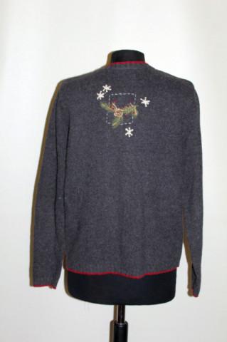 Pulover retro cu papagali brodati anii '90