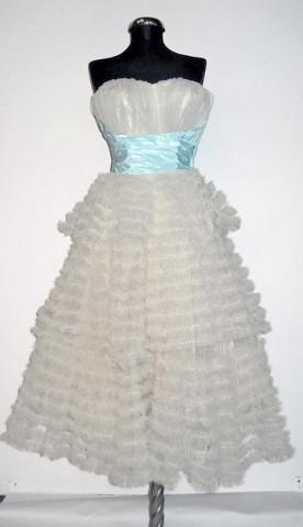 Rochie de seara full skirt vintage din tuille anii '50