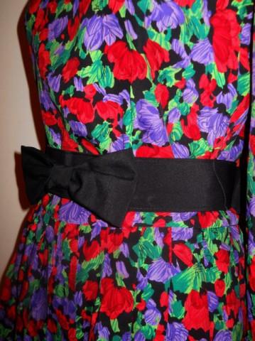 Rochie retro de ocazie print floral anii '80