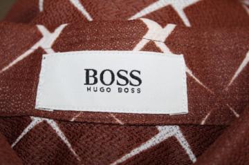 Cămașă bărbătească maro guler supradimensionat Hugo Boss anii 70