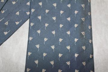 "Cravata lalele brodate ""Monti"" anii '70  - '80"