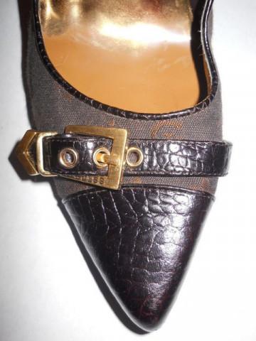"Pantofi maro ""Guess"""