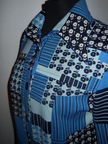 Rochie albastra cu floricele anii '70