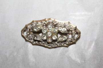 Broșă Art Deco cristale model floral anii 20