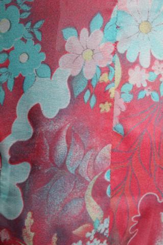 Bluză print floral pe fond corai anii 60-70