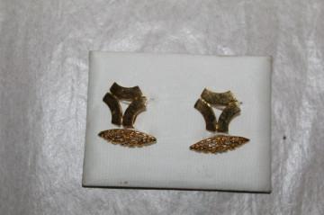 Butoni vintage placati cu aur anii '70