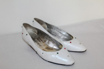 "Pantofi retro albi cu cristale colorate ""Yves Saint Laurent"" anii '80"