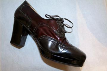 Pantofi vintage din lac bicolor anii '70