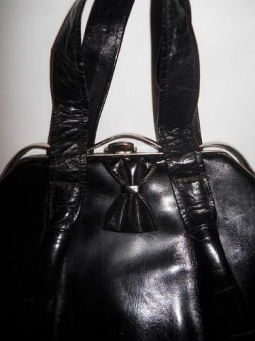 Poseta vintage piele lacuita anii '30