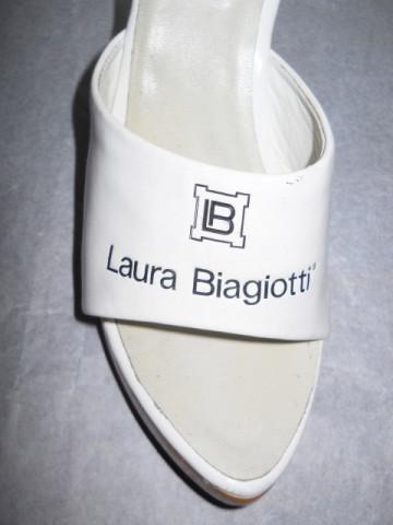 "Saboti ""Laura Biagiotti"""
