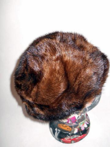 Caciula vintage din blana de nurca anii '50
