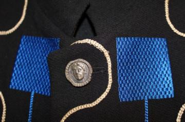 Jacheta retro broderie albastra anii '80