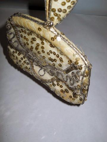 Poseta din gauze brodata cu paiete si margele anii '20