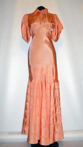 Rochie de seara din tafta portocaliu piersica anii '30