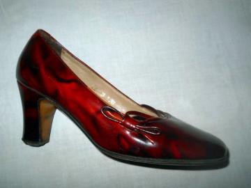 Pantofi lac marmorati anii '60