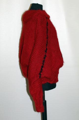 Pulover din lână foarte groasă anii 80